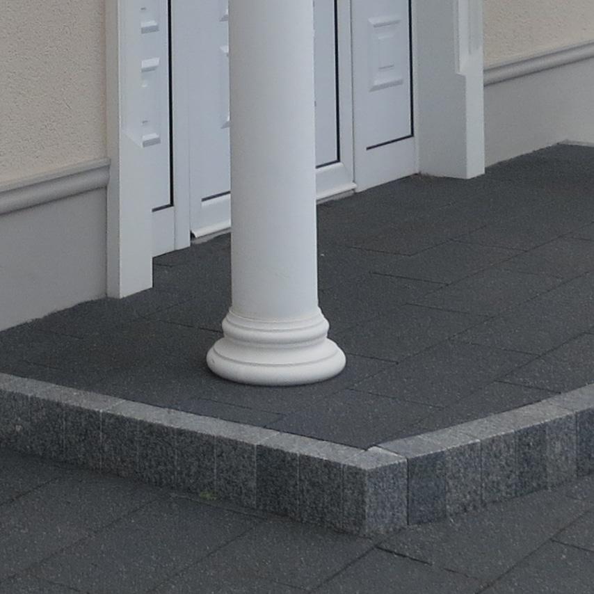 Säulenbasis B1